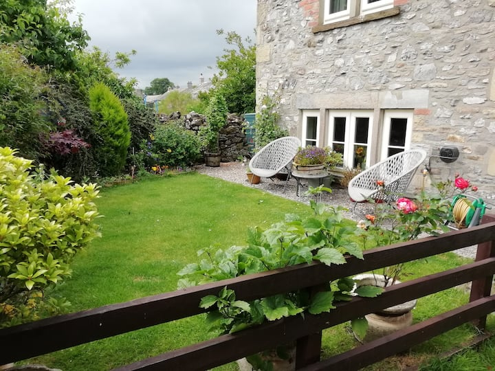 Cherry Tree End - B&B double room in Y'shire Dales