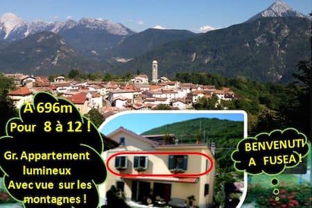Gite lumineux pour 12 (pos.14) en montagnes! - Tolmezzo - Dům