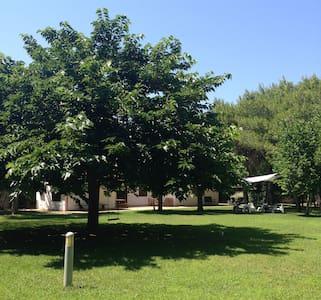 Villa con parco in Lecce - Castromediano