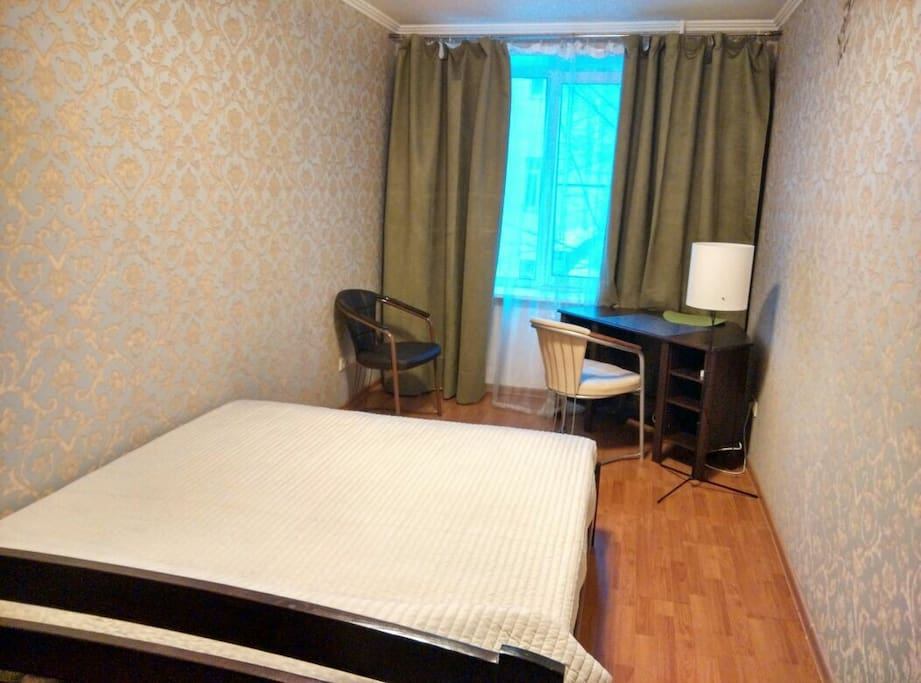Welcome to our well-decorated and good furnished big room. Приятная комната хорошо обставлена новой мебелью