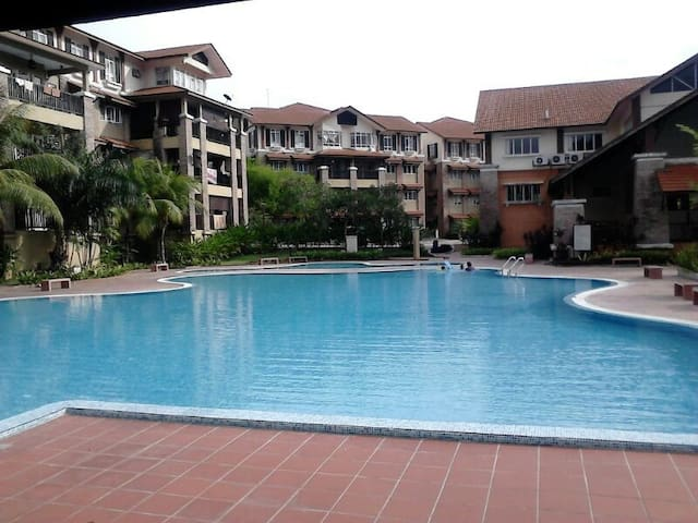 Cozy D'Rimba Kota Damansara Apartment, Curve & 1U - Petaling Jaya - Apartment