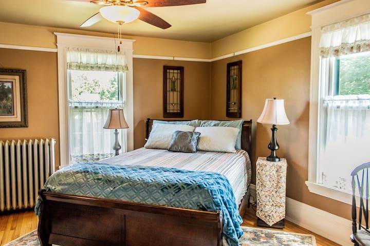 Stewart Lake Suite - Sunniva Inn