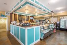 Sunset Island - Corner Store and Snack Bar