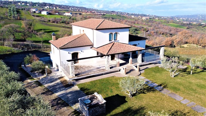 Villa Luxury in Irpinia - Pianoterra