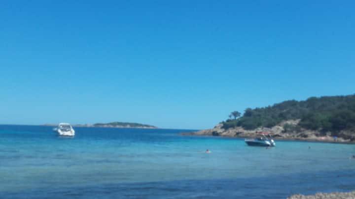 Mini villa Bonifacio 4p proche mer et port.piscine
