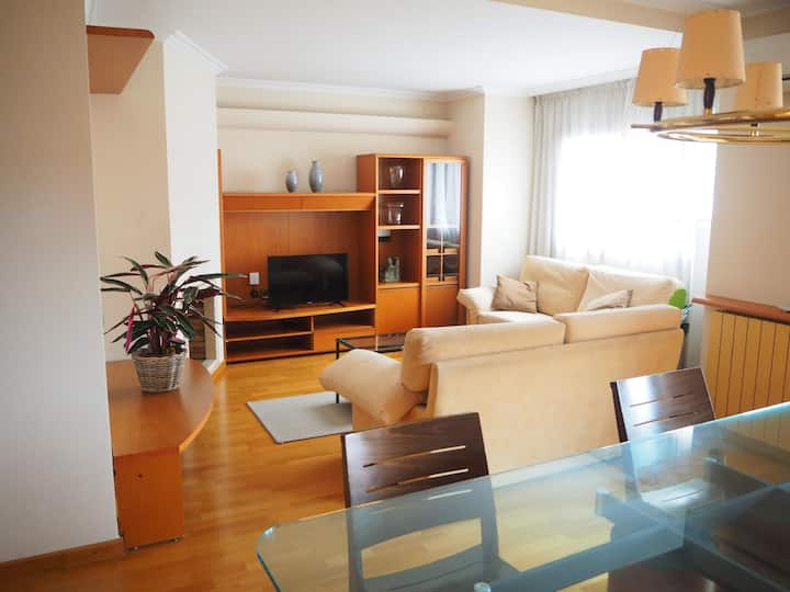 Hotelet de Can Morera, apart. with balcony, 7 people