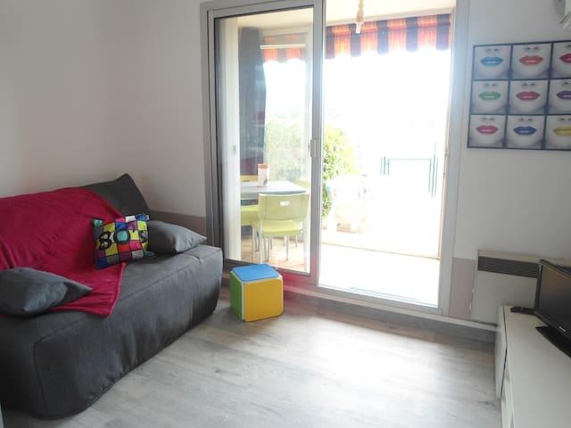 T2 BORD DE MER - Carqueiranne - Apartment