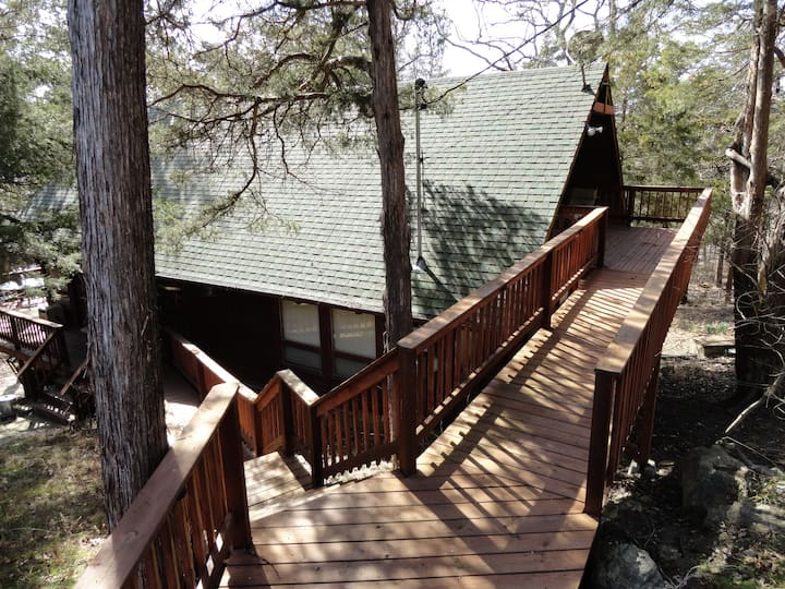 Gainer Cabin-Lakefront-Swim Deck-Near Marina-Pool