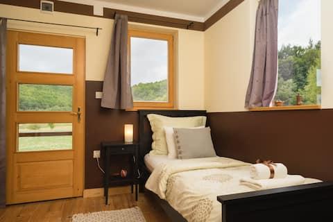 Linden Tree Retreat & Ranch - Ponderosa