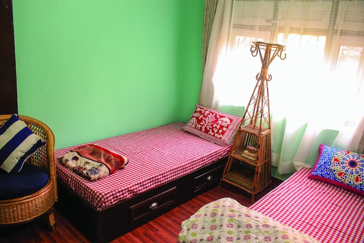 Ghimire Home (Cozy Room)