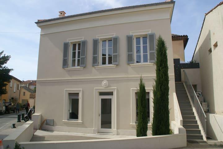 Maison de vacances somptueuse à Saint-Tropez près de la mer