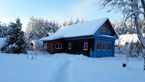 Дом на Рыбинском водохранилище
