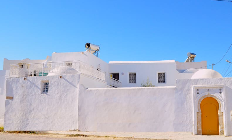 Dar el Henna, Djerbahood, quartier Erriadh