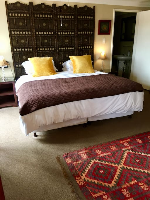 Room 1 - King size or two single beds available