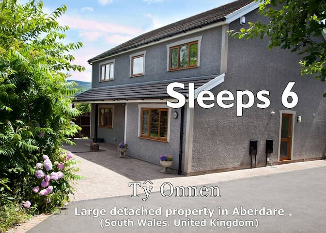 Spacious property in South Wales - Aberdare