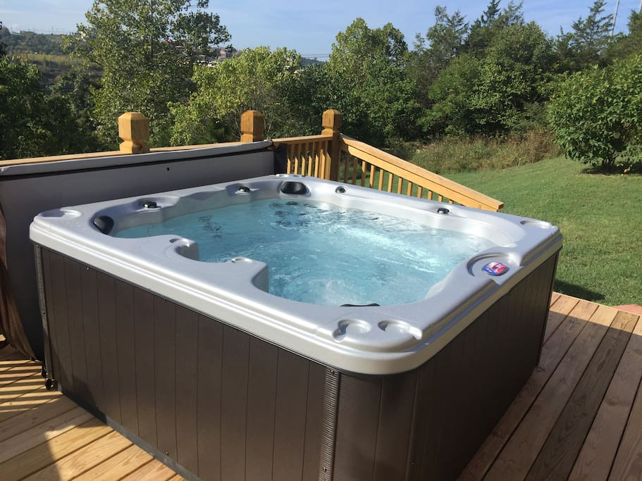 Relax and Enjoy - Hot Tub!