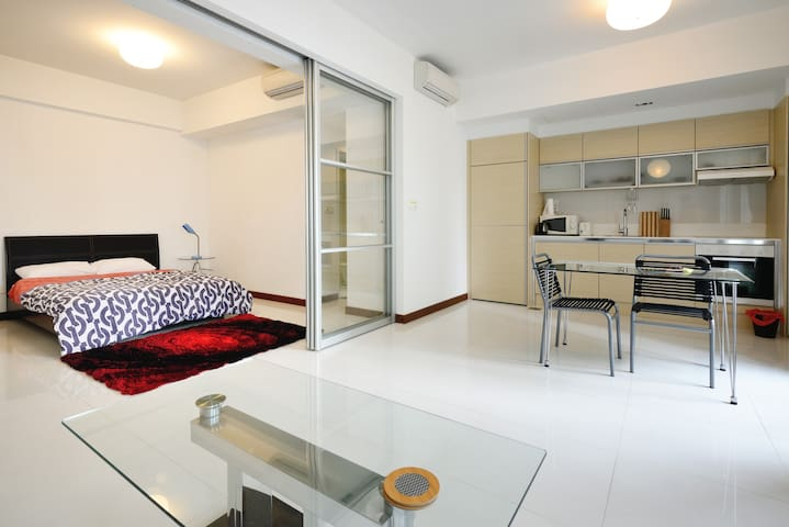 Marina Bay Iconic Luxury 1-Bed Apt