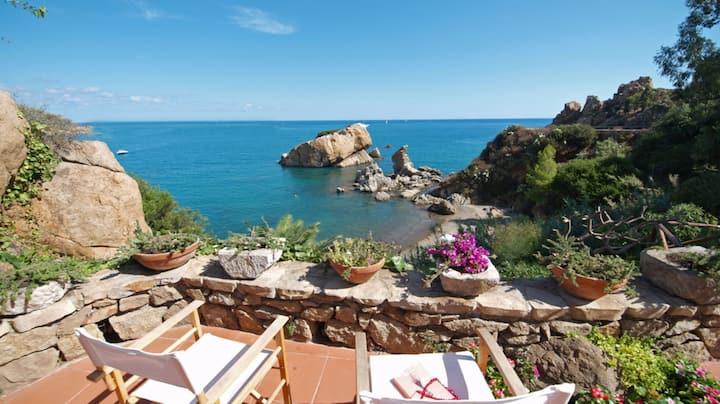 Villa Lalli - with access to private beach