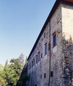 Apt 2+3 in Castello 15km da Firenze - Chiocchio - Κάστρο