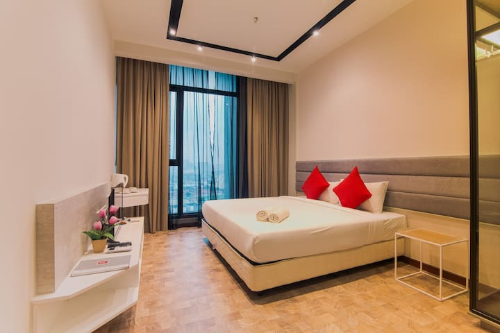 SKY DELUXE @ KLCC Expressionz Professional Suites