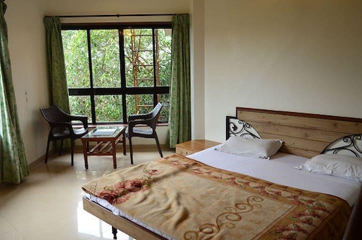 A duplex in a beautiful estate - Panchgani - Daire