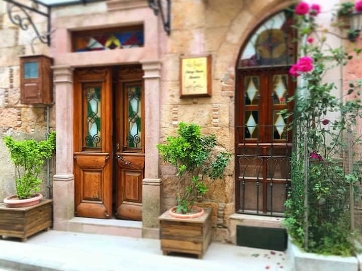 Ayvalık Merkezde Rum Evi Greek Style House