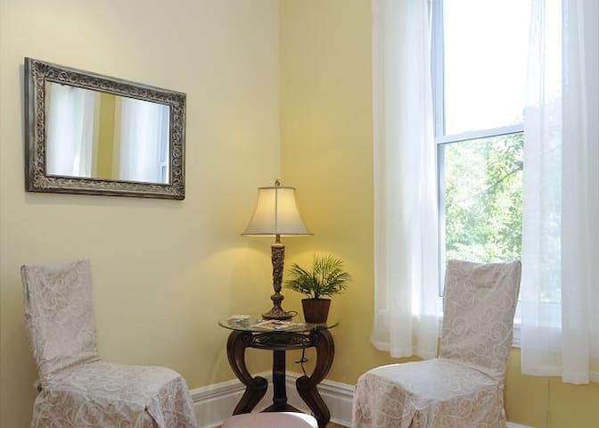 Living Room Northeast
