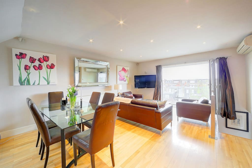 Top Floor Two Bedroom Apartment Apartments For Rent In London Uk United Kingdom