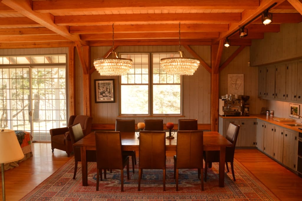 Dinning Table and wet bar area.  There is an additional table near the kitchen that can be expanding to sit an additional 8 to 10 people.