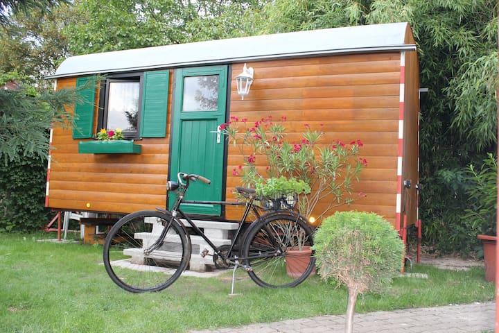 Schlafen im Bauwagen   - Romantic Wooden Caravan - - Gengenbach - Bobil