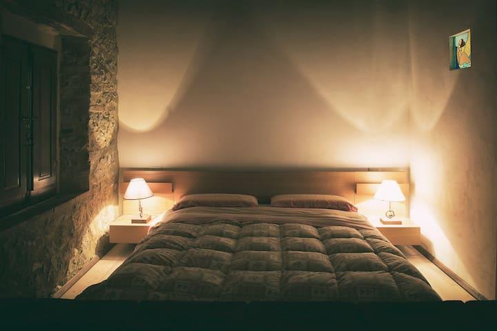 Antico casale per relax e natura - Fontazzi - House
