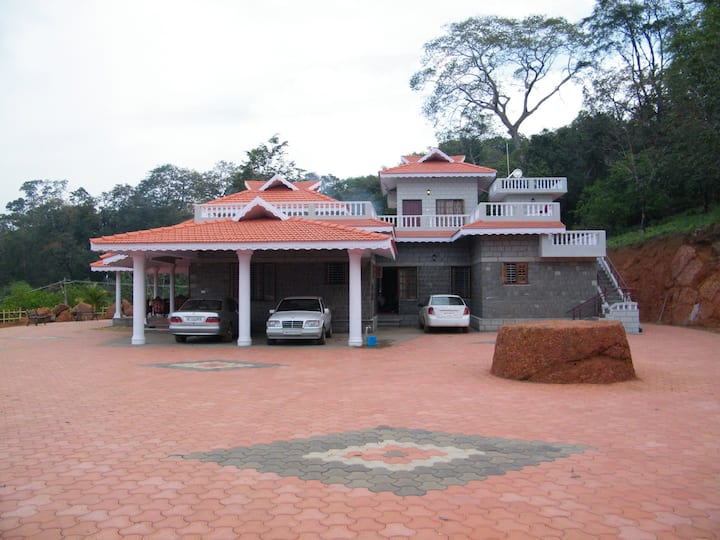 Kollur Mookambika -Plantation view room on terrace