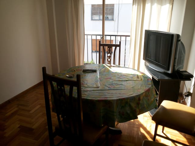 DEPARTAMENTO EQUIPADO EN CABALLITO - Buenos Aires - Apartament