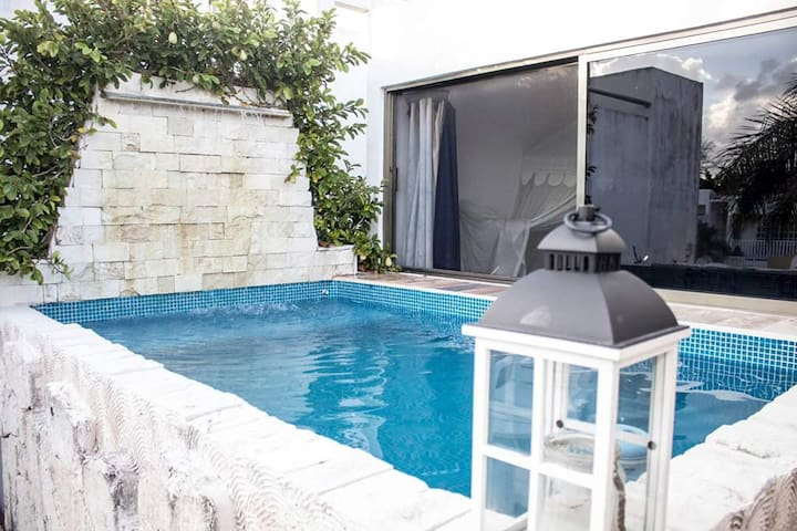 Private apartment with Private Pool