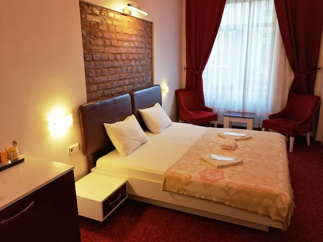 Cozy Flat near Galata Tower 3