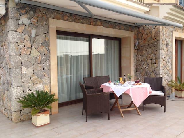 Una casa para el relax y la naturaleza - Es Capdellà - House