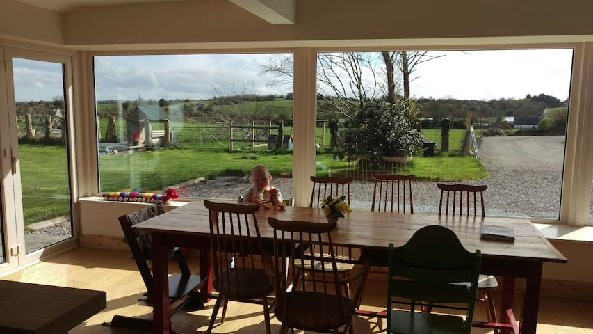 Village Farm Family Delight - Donore - Hus