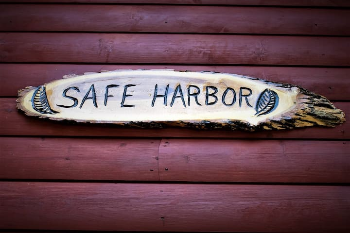 Safe Harbor on Horseshoe Lake