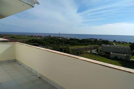 Res Ana CarmenT2 Norte com Vista a o Mar