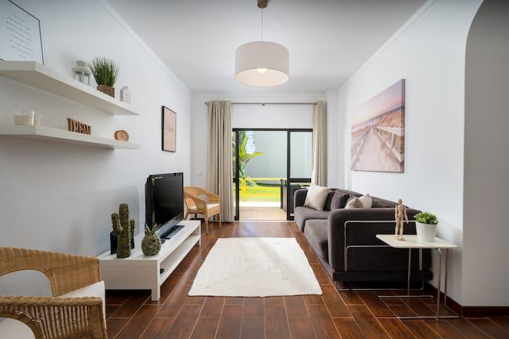 Modern and Recently Refurbished 1bdrm Ground Floor
