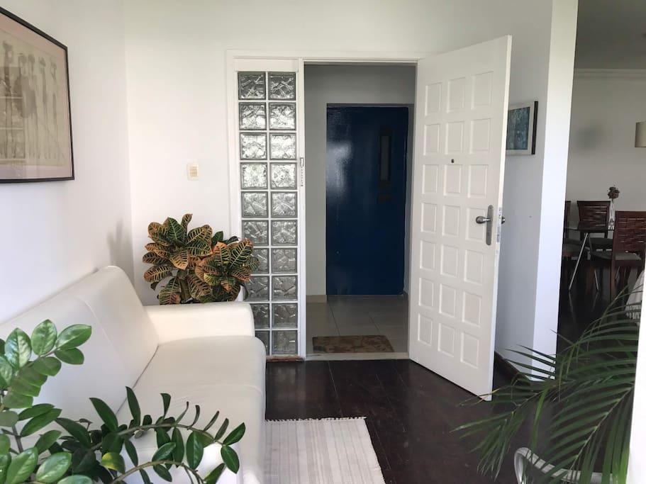 Entrada principal e ante sala