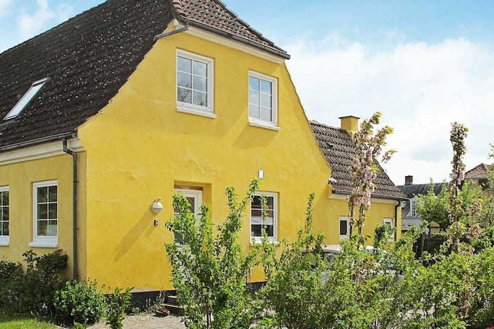 Bright Holiday Home in Bandholm with Garden