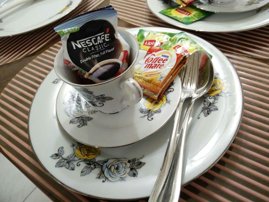 Complimentary coffee and tea... =)