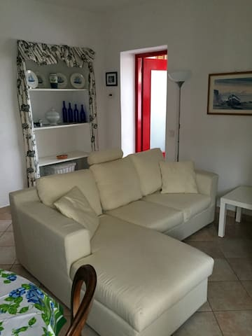 Bright two-room apartment in Valceresio