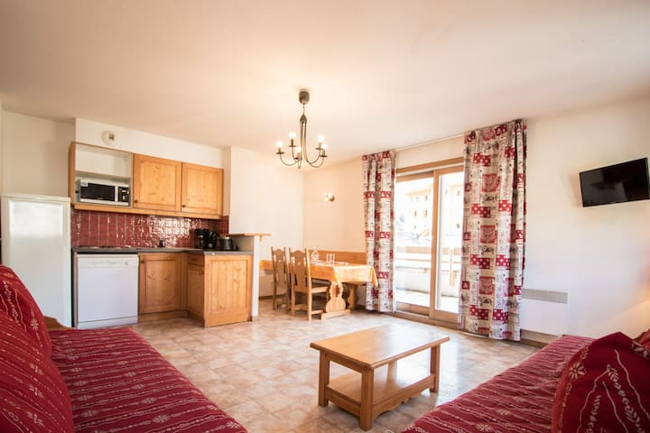 BONB03M - Spacious apartment for 5 persons near the slopes