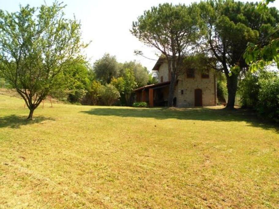 Charming Independent House With Large Garden Houses For Rent In Costermano Veneto Italy
