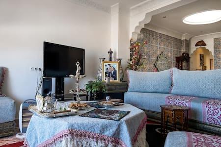 Single White Room Rabat CentreVille - Rabat - Apartment