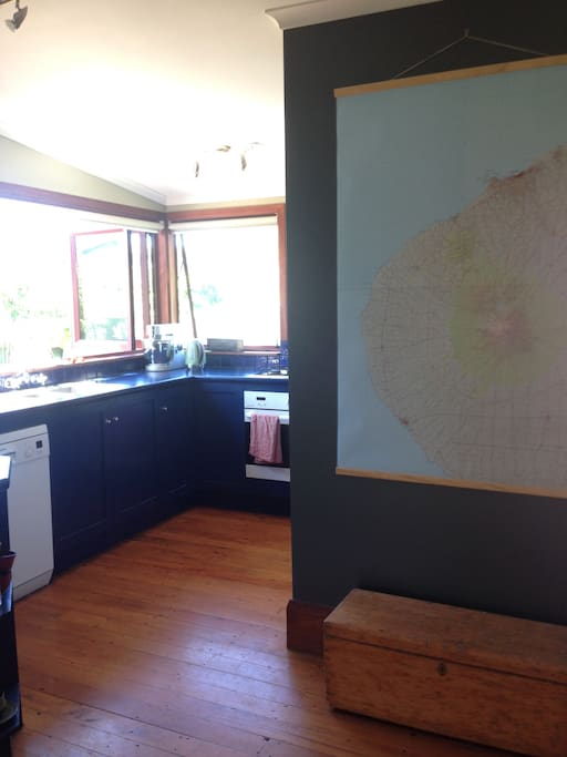 Kitchen and map