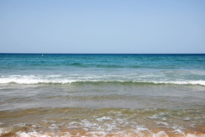 10 meters from the sea. Calm and comfort. - Dénia - House