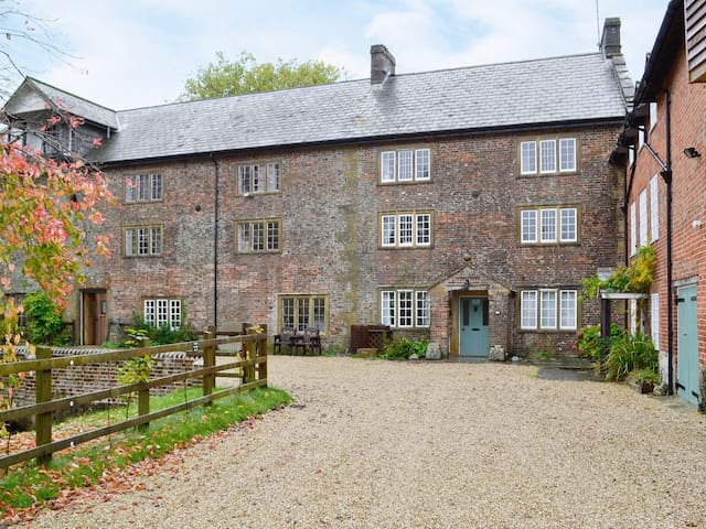 Mill House, Maiden Newton, Dorset - Maiden Newton - บ้าน